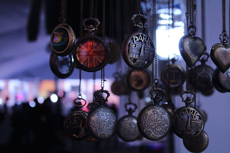 reloj steampunk época victoriana