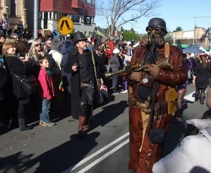 festival del steampunk city boston