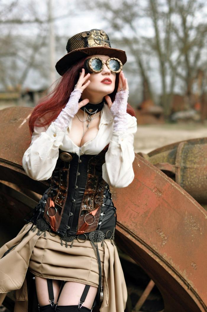 atuendo y accesorios moda mujer steampunk