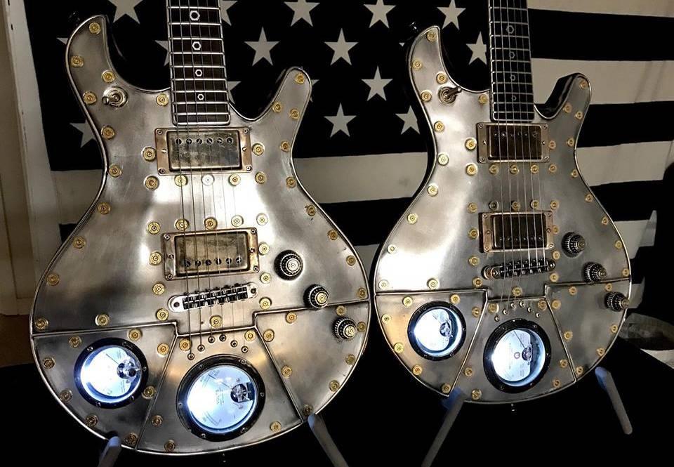 guitarra eléctrica modelo steampunk