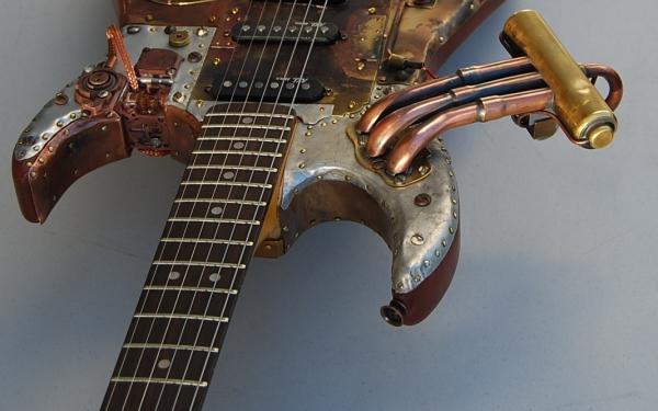 guitarra con elementos del steampunk