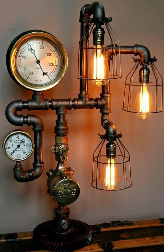 lámpara steampunk con medidores