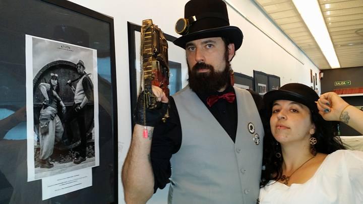 steampunk madrid atuendo con arma